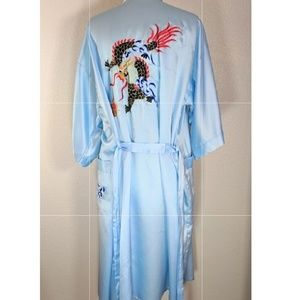 Baby blue silk robe w/ Japanese dragon embroidery